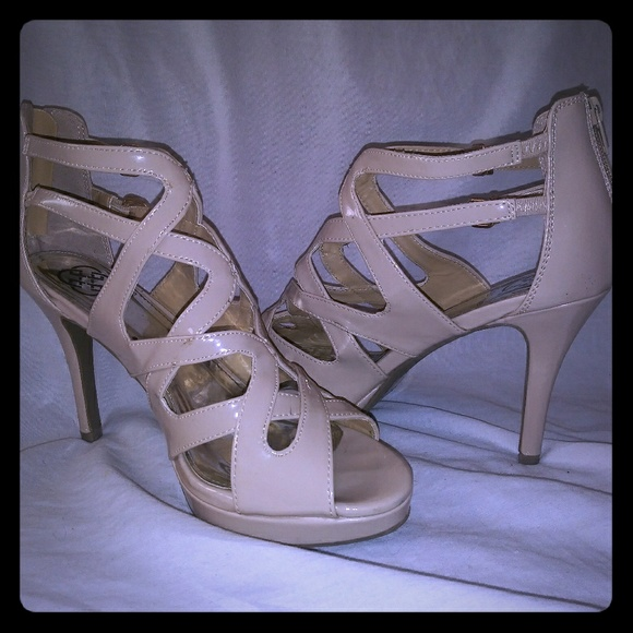 Daisy Fuentes Shoes - Taupe Strappy Heels